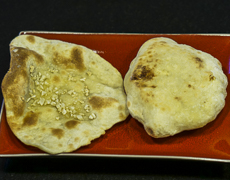 Naan Fromage et Naan à l'Ail